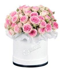 Композиция с кустовыми розами №31