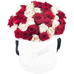 Композиция с красными и белыми розами №4