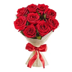Красные роз в букете.