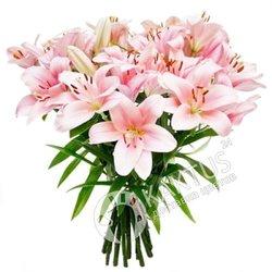 Букет розовых лилий.