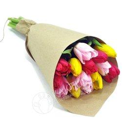 Тюльпаны микс в крафте